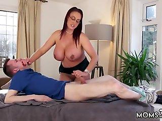 Mom comrade's crony's daughter table Big Tit Step-Mom Gets a Massage